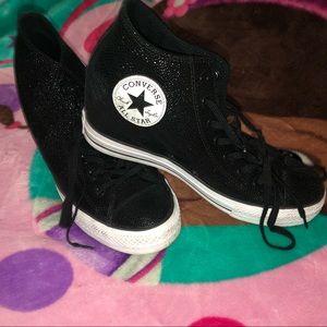 Black sparkling converse